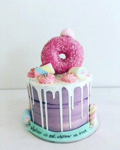 Donuts Cake